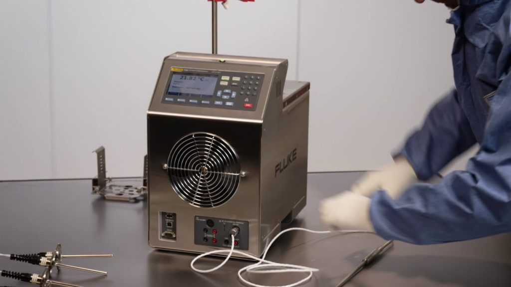 Calibración de termómetros servicio acreditado ema